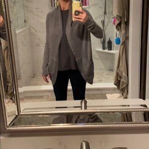 Lululemon cardigan sweater, part cashmere! Sz 6